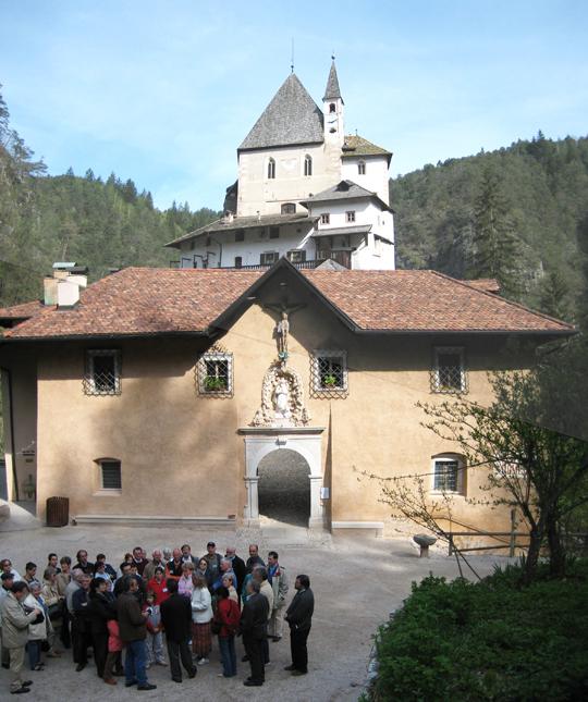 Kloster aussen 1