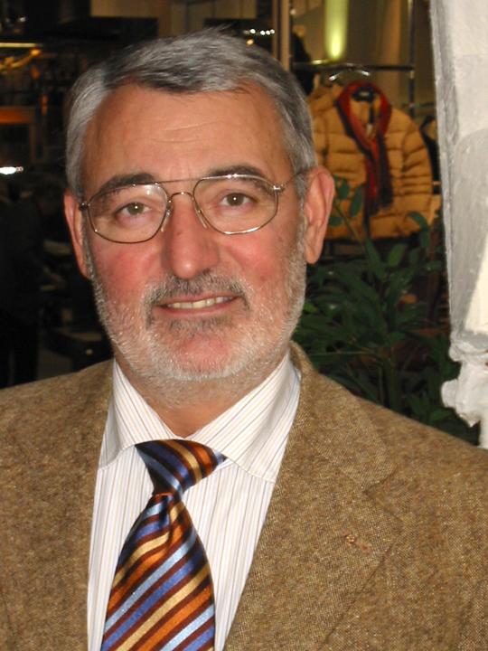 Josef IV. (Joe) Frank (*1944)