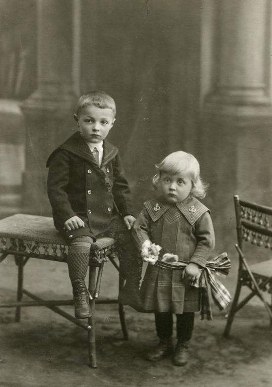 Josef III. Frank (*1905), Emmerich Frank (*1910), Söhne v. Josef Frank (*1875)