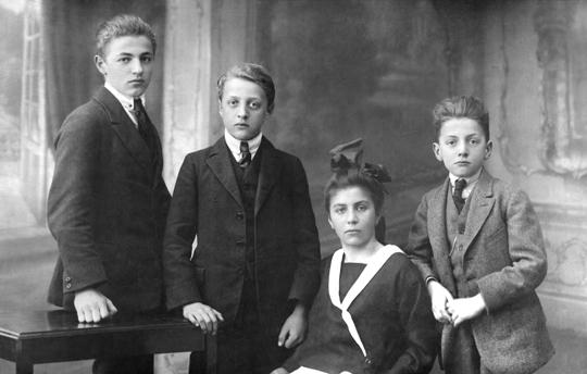 Kinder von Josef II. Frank, Josef (*1905), Norbert (*1907), Margarete 1908 Emmerich (*1910)